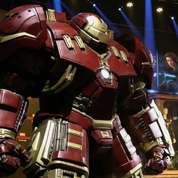 hulkbuster-full-scale-toy