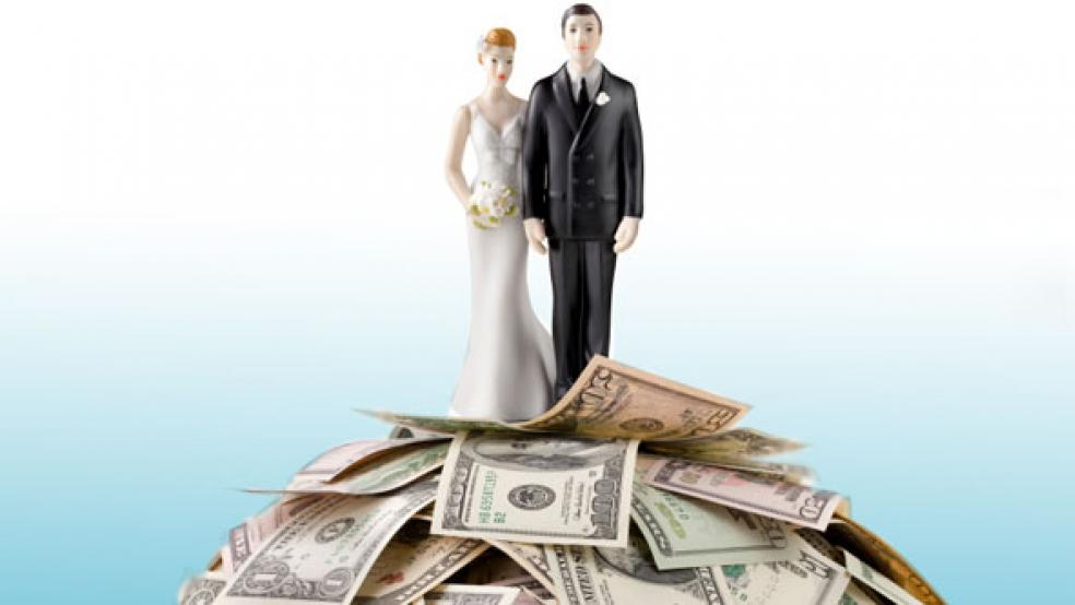 Ideas To Save Money On Your Wedding - Weddings Till Dawn